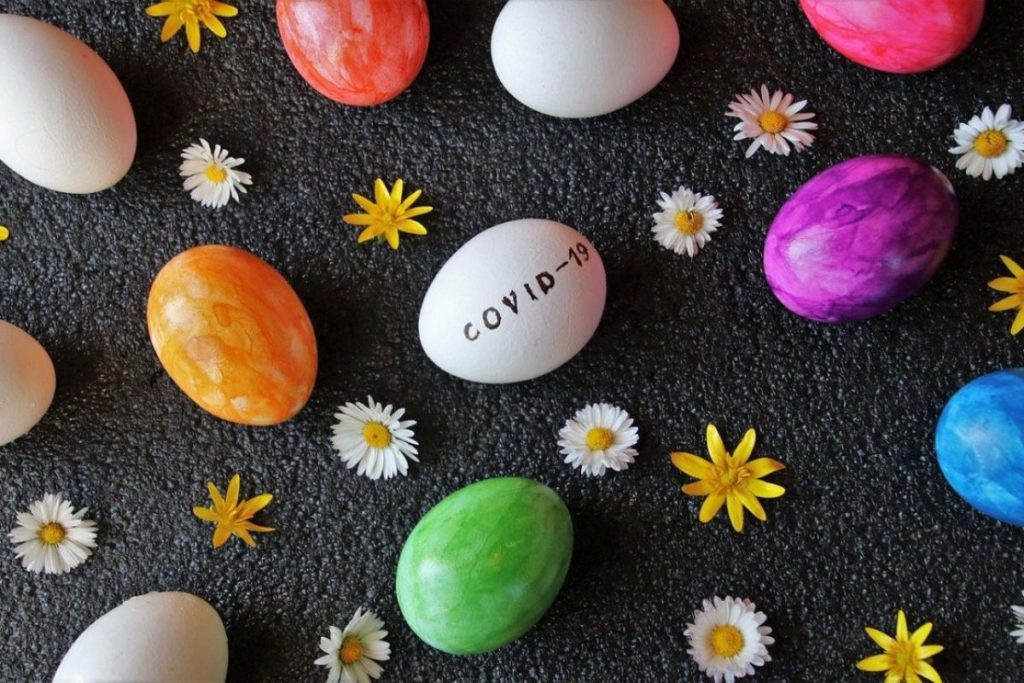 painting-easter-eggs